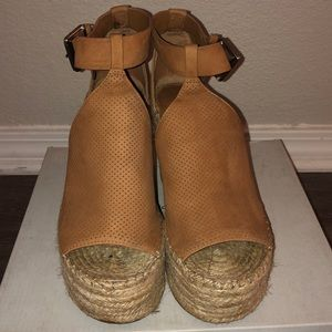 Marc Fisher Wedges Size:7.5